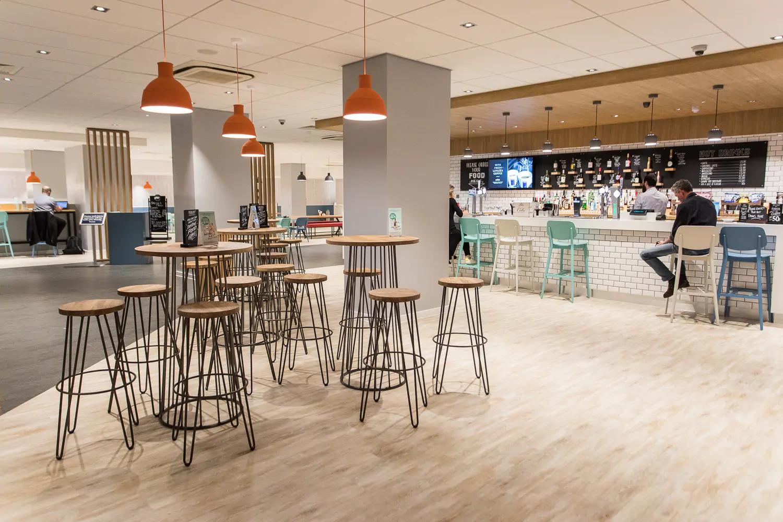 Travelodge lobby bar