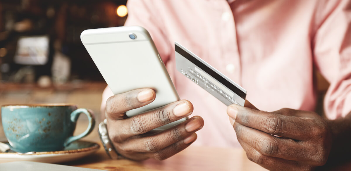 Making a card payment on a mobile