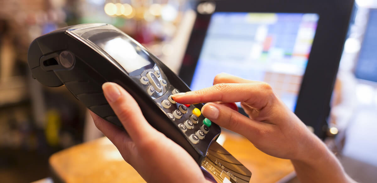 Paying on a chip and pin device